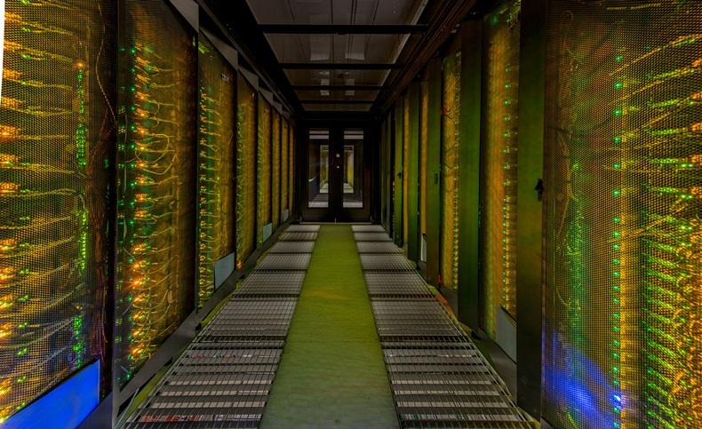 Eni-Oil-Gas-Supercomputer