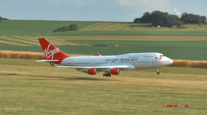 boeing-747-400-model-2
