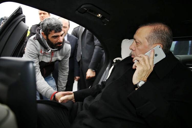 tayyip-erdogan-iphone-6s-plus