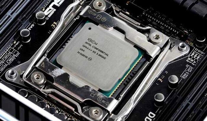 Intel-Core-i7-6950X-Overclock-3