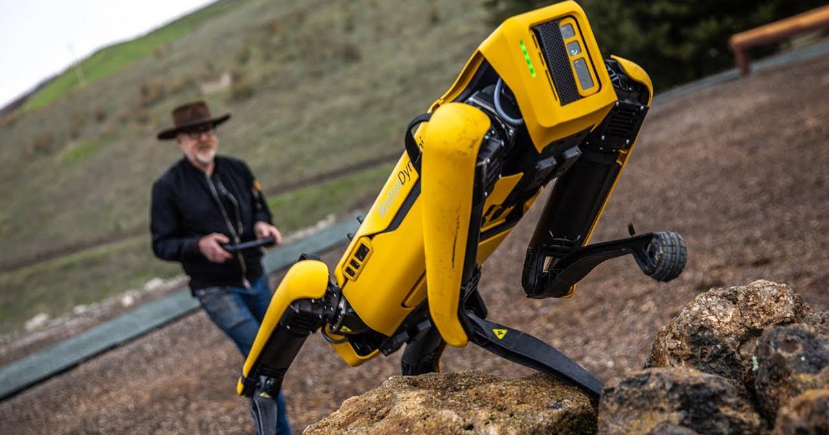Boston Dynamics Robot Köpeği Spot Eğitime Alındı - PC Hocası